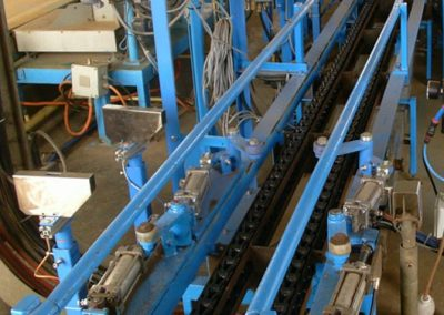 Chain Conveyor System With Driving Unit